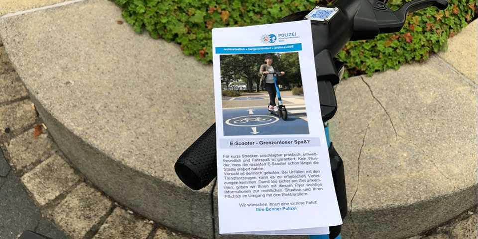 E-Scooter mit Flyer